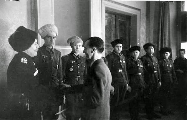 "Кремлевского пропагандиста Киселева поймали на подделке аусвайса дивизии СС ""Галичина"" - Цензор.НЕТ 9356"
