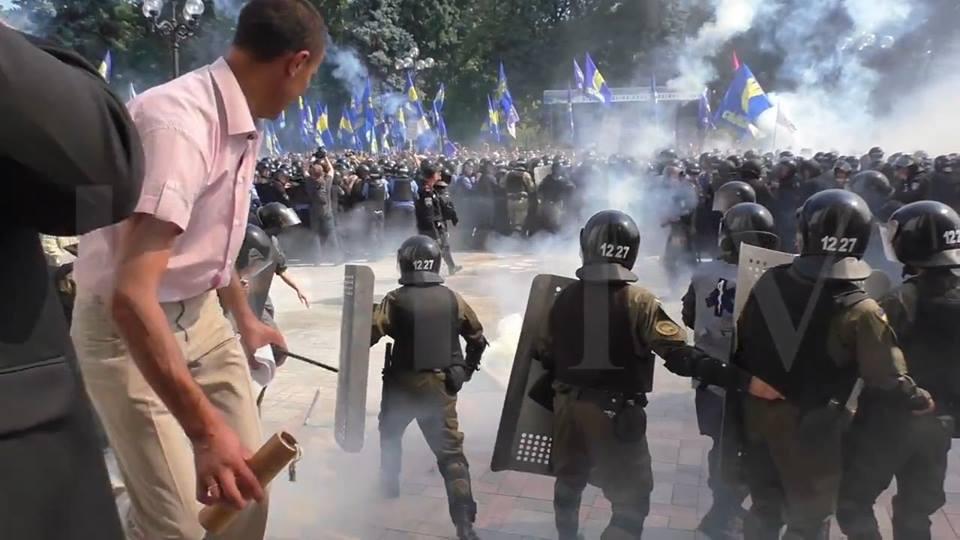 На территории воинской части Нацгвардии под Киевом простились с погибшим в столкновениях под Радой бойцом Игорем Дебриным - Цензор.НЕТ 8595