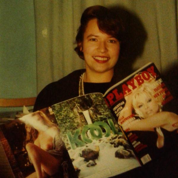 с журналом Playboy