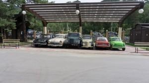"""Пансионат """"Турсиб"""" на Катуни. Принадлежит, между прочим, РЖД. Коллекция старых советских автомобилей."""