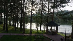 Первый день на Алтае этим летом. Прямо на берегу Катуни.