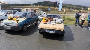 Мёд на Алтае продаётся повсюду. А также разные травяные чаи, лечебные травы, мумиё и многое другое...