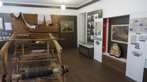 В этом музей Шукшина похож на многие другие музеи.