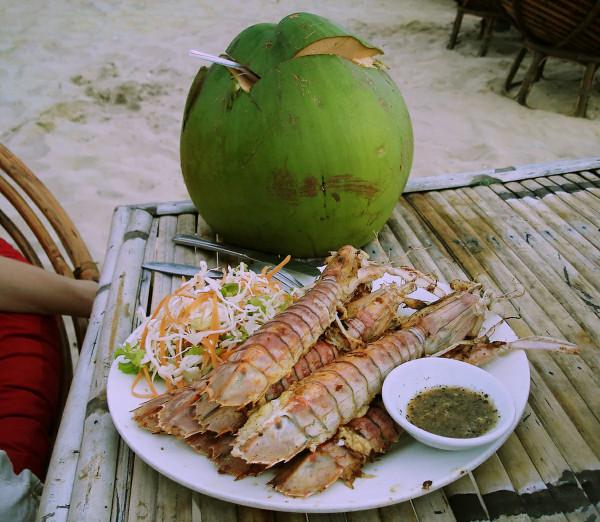 Ужин на Серендипити Бич, Камбоджа.