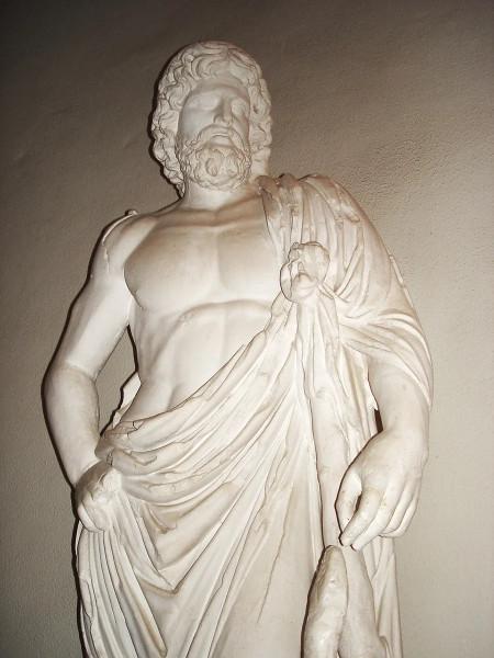 Бог врачевания Асклепий.