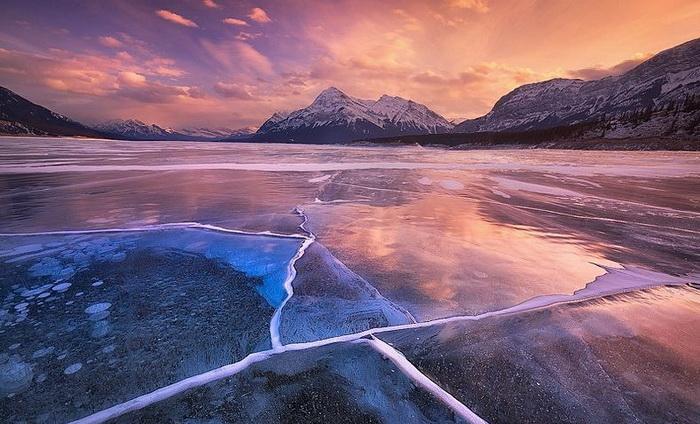 abraham-lake-1