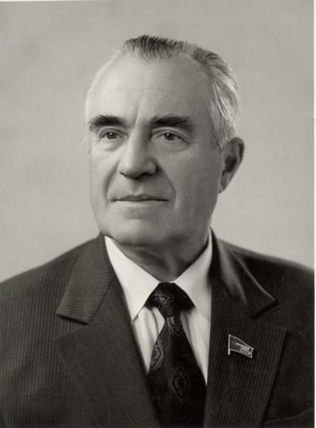 В.П. Елютин