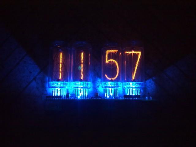 часов на ИН-14 и ИН-8-2.