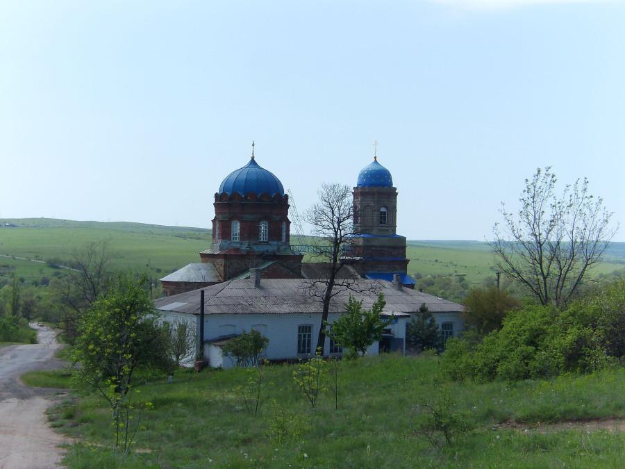 Малоивановка. Церковь Успения Пресвятой Богородицы.