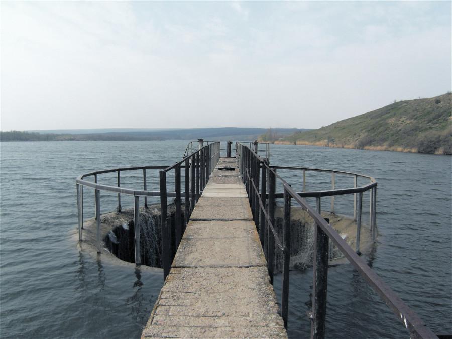 Портал. Краснянское водохранилище в Луганской обл.