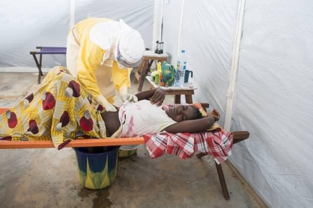 ebola-lihoradki-smert-sobytiya-novosti_98755930