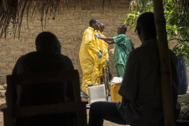 ebola-lihoradki-smert-sobytiya-novosti_3659386733