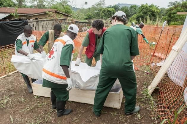 ebola-lihoradki-smert-sobytiya-novosti_1348188369