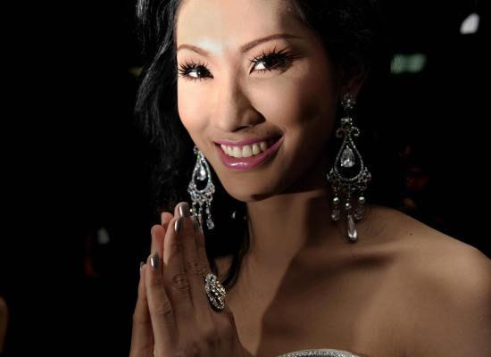 top-samih-krasivih-transvestitov-taylanda