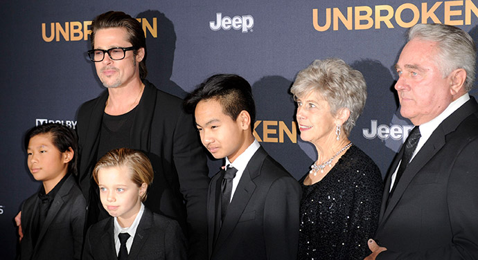02_Brad_Pitt_Shiloh_parents
