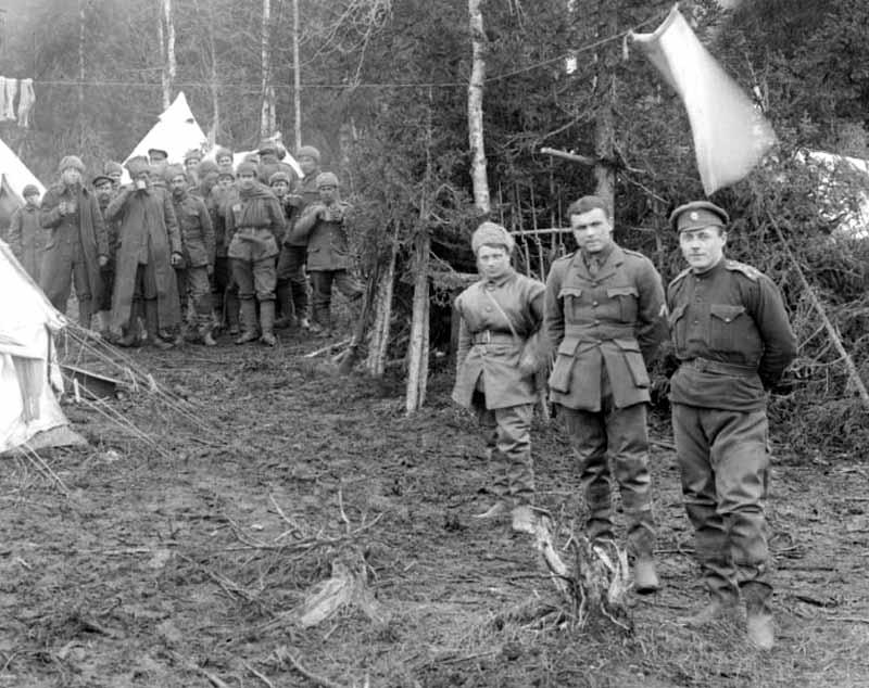 Лагерь Славяно-Брит легиона в лесу 800