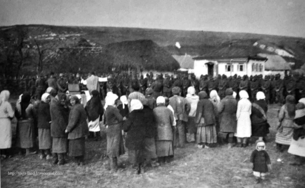4_Итал на молитве в селе Подоренском_1200вз
