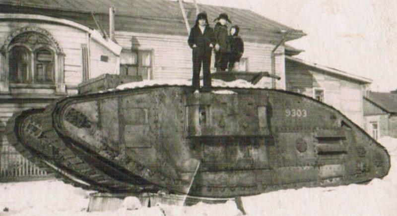 танк из архива Валерия Нуромского фр 800