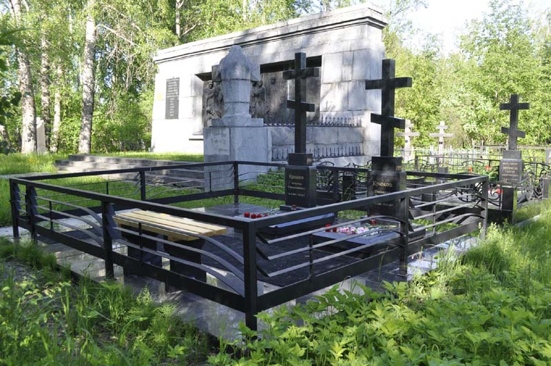 12_кладбище_800