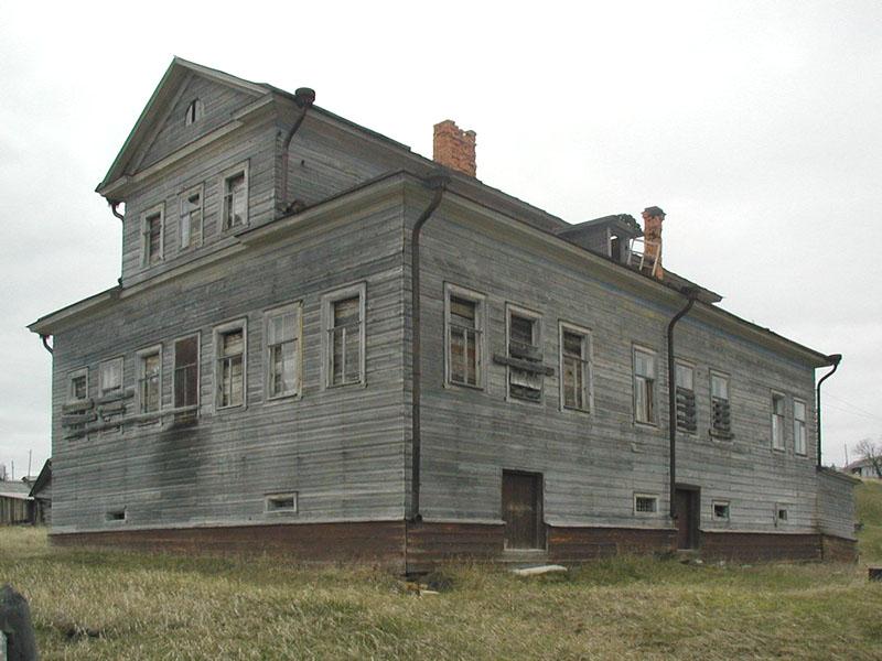 Не дом Бажениных