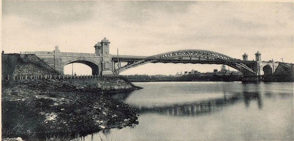 Nicholas_II_railway_bridge_.jpg