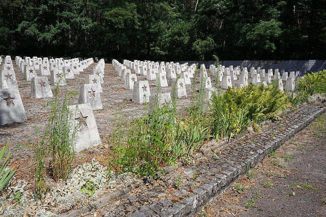 Как выглядит мемориал советским воинам в Польше DSC01107.jpg