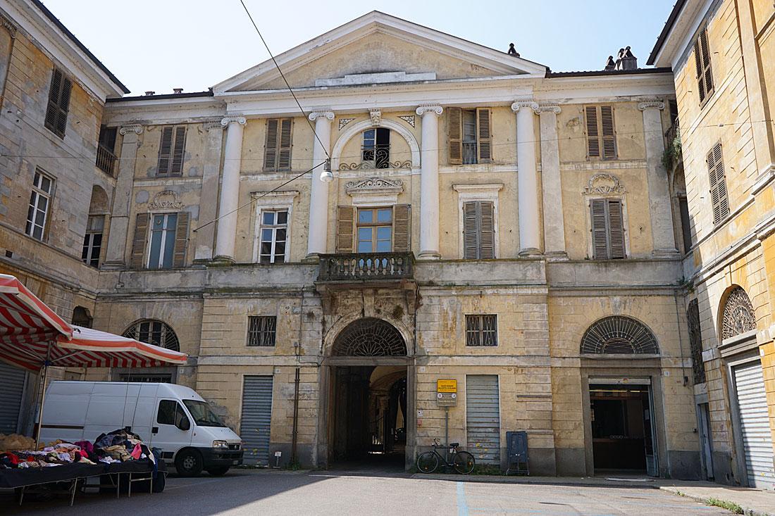 Провинциальная Италия на примере города Верчелли DSC00505.jpg