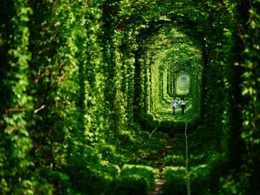 The-33-Most-Beautiful-Abandoned-Places-In-The-World-32