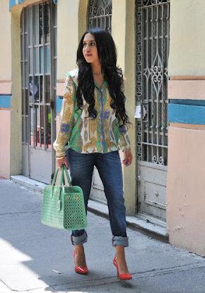 mango-jeans-zara-shirt-blouses~look-index-middle