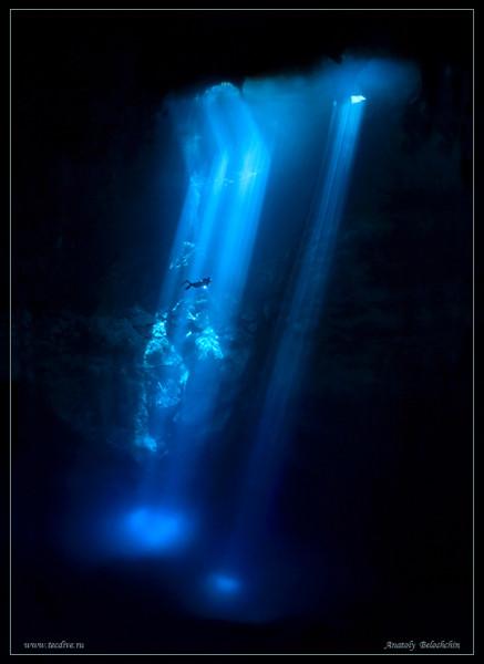 12-Красивые подводные фото дайверов в пещерах