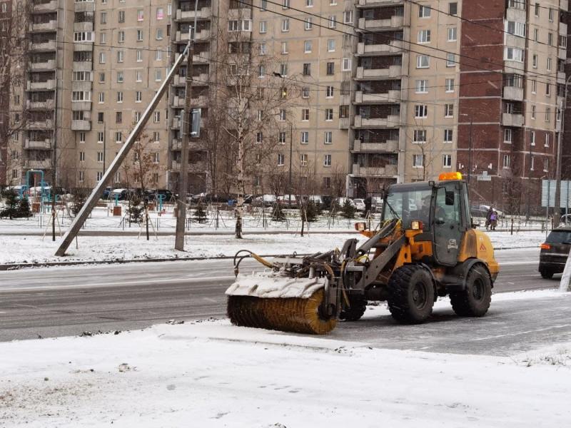 Коммунальщики Петербурга рассредоточились по городу и периферии