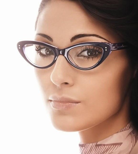 Секс очки лицо красивым