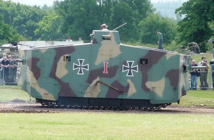 Зачем танку экипаж в 18 человек или про то, почему немцы – тормоза