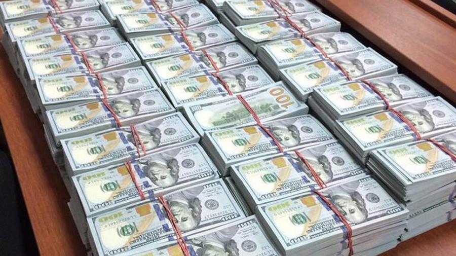 Реально эпично! Деньги, конфискованные у Захарченко, пропали из спецхрана