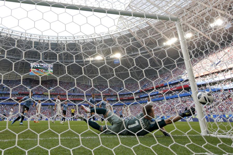 Интересное мнение, почему Россия не выиграла у Уругвая