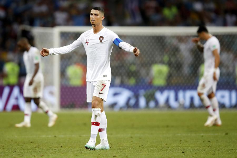 Уругвай выбил Португалию. Роналду – домой. Суарес – может стать чемпионом?
