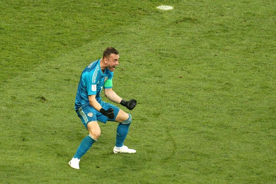 Дождь Победы! Сборная России победила Испанию в 1/8 чемпионата мира