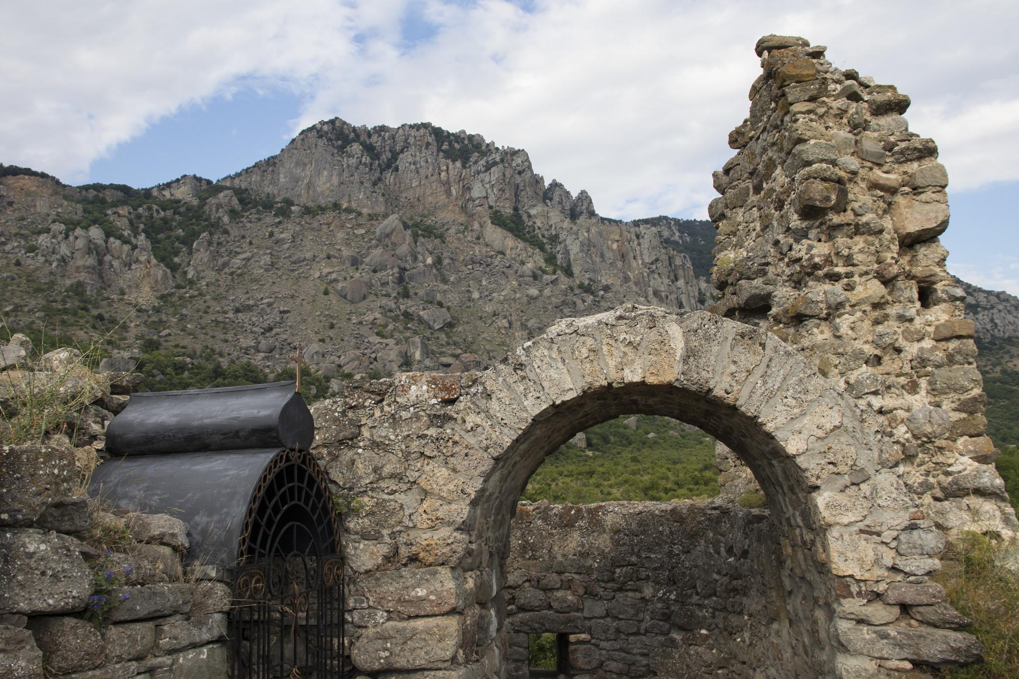 Предпоследний осколок империи. Крепость Фуна в Крыму