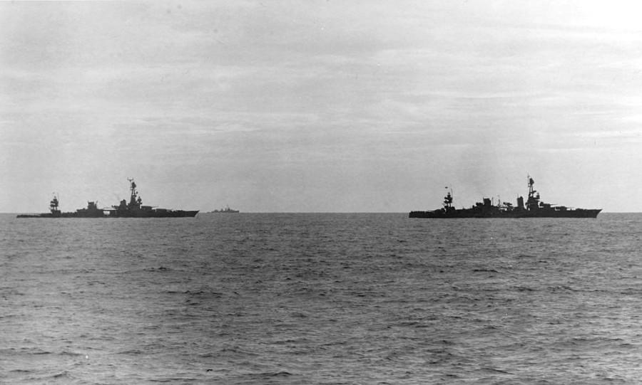 Невеселый день для «Чикаго» «Чикаго», крейсера, торпеды, крейсер, американцы, буксир, японским, получилось, торпедоносцев, правый, ремонта, команды, этого, января, остановить, удалось, раздолбаи, показали, «Луисвилль», очередной