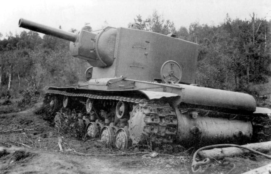 Печальная история с танком КВ-2. Он просто не доехал