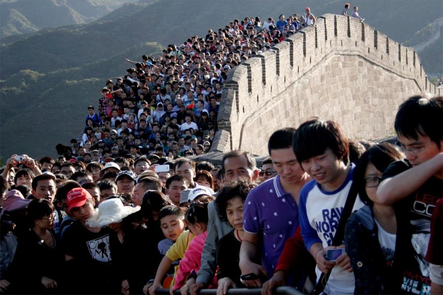 Пока банда путина продолжает гнобить Россию , китайцы  просто затопчут всех, кто будет против