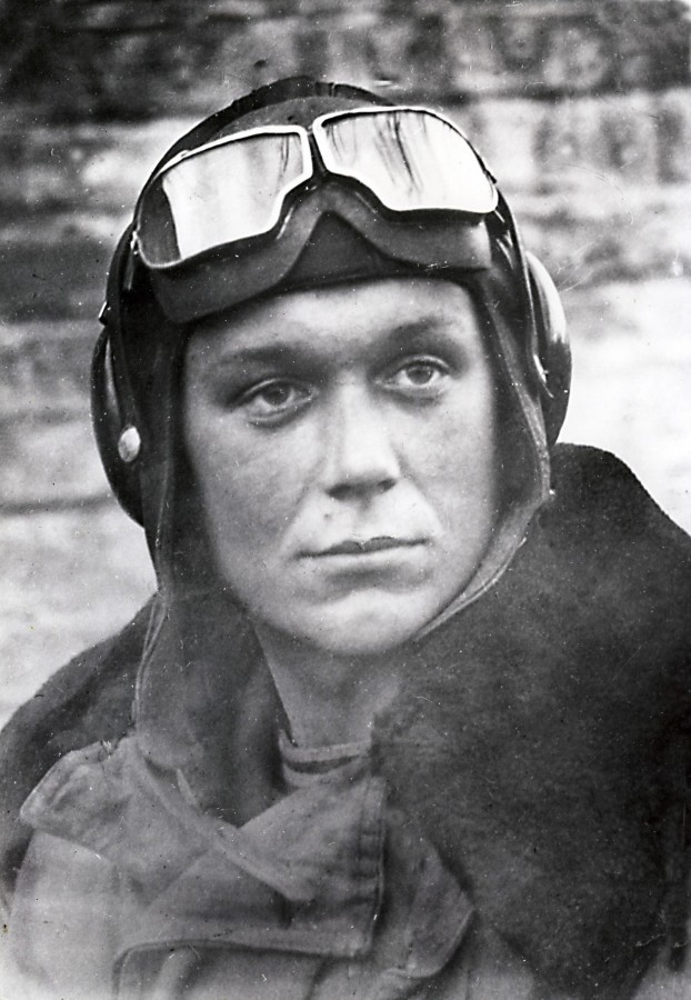 The gunner-radio operator from the IL-2, who made 102 combat sorties of the Hero, Zhalnin, awards, when, several, Vitaly, relegation, rank, received, wars, degrees, performance, medals, Patriotic, just broken up, Red, Good, denied, submission