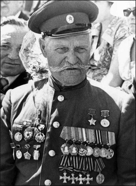 Казак. Герой Советского Союза. Полный георгиевский кавалер