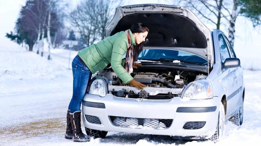 Про девочек и машины в снегопад