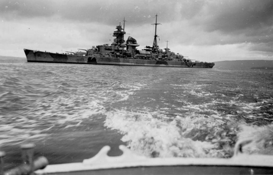 Один немецкий крейсер против целого конвоя англичан