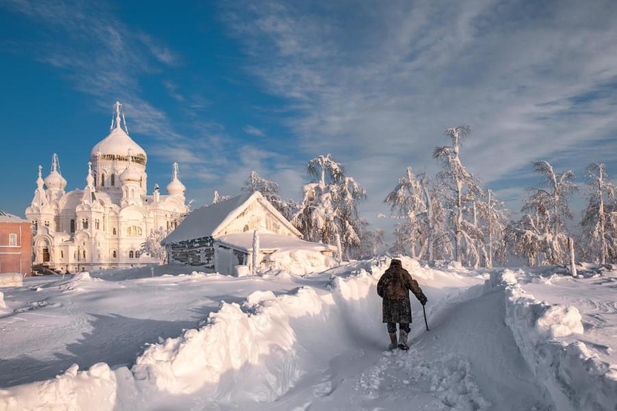Россия. Снег. Страна обстоятельств стихийного порядка