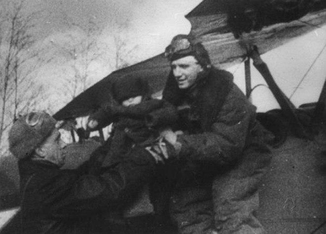 Последний полет и подвиг летчика Мамкина