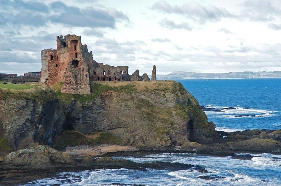 Шотландские графы Дугласы, их любовь и замки