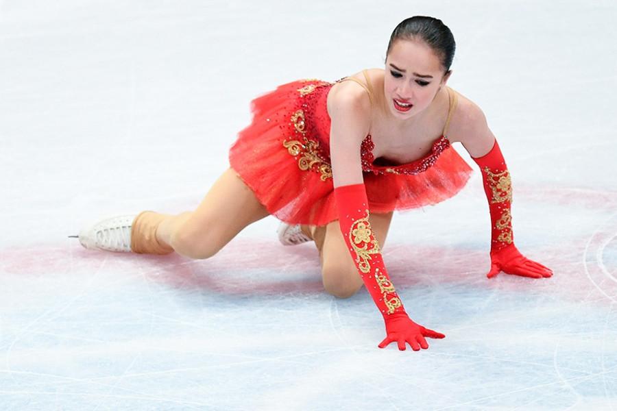 Ночной триллер в фигурном катании. Три падения и Алина Загитова осталась без медалей