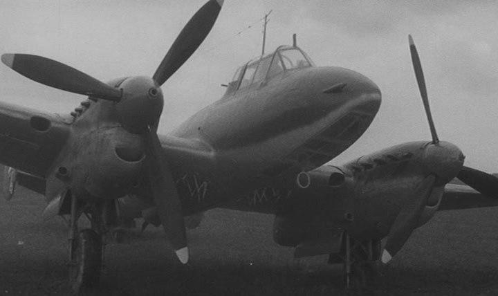 Хроника подвигов пикирующего бомбардировщика